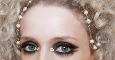 Chanel, Chanel Cruise 2015 collection, Chanel Beauty, Chanel MakeUp, Perfect Wedding Magazine, Perfect Wedding Blog, Wedding Makeup
