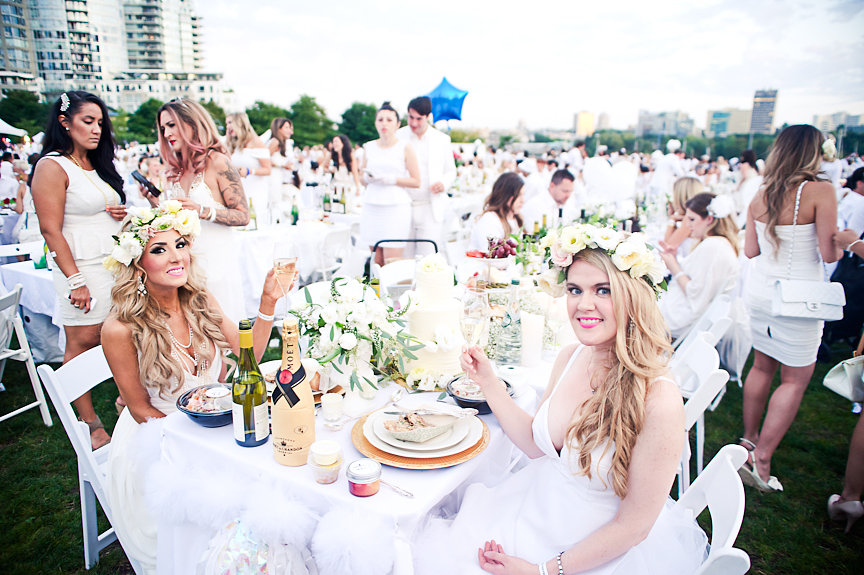 Diner En Blanc, Jasmine Hoffman, Stephanie Smith, Daniella Guzzo Photography