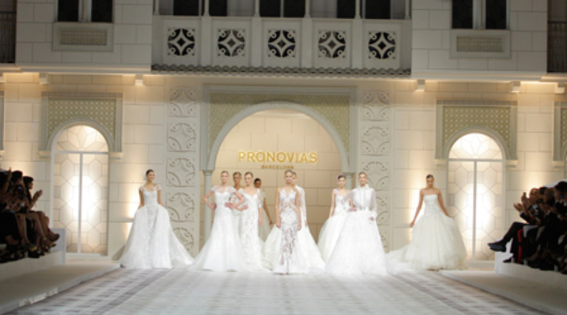 Pronovias 2016 Fashion Show on Perfect Wedding Magazine