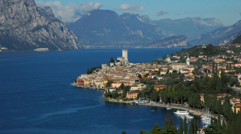 Garda Lake, Italy, Honeymoon in Italy, Italian Weddings, Luxury Travel, Perfect Wedding Travels, Perfect Wedding Blog