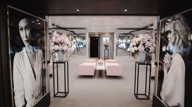 Dior Cannes Suite, Cannes Film Festival, Dior Makeup, Hotel Barriere Le Majestic, Perfect Wedding Magazine, Luxury Travel, Dior