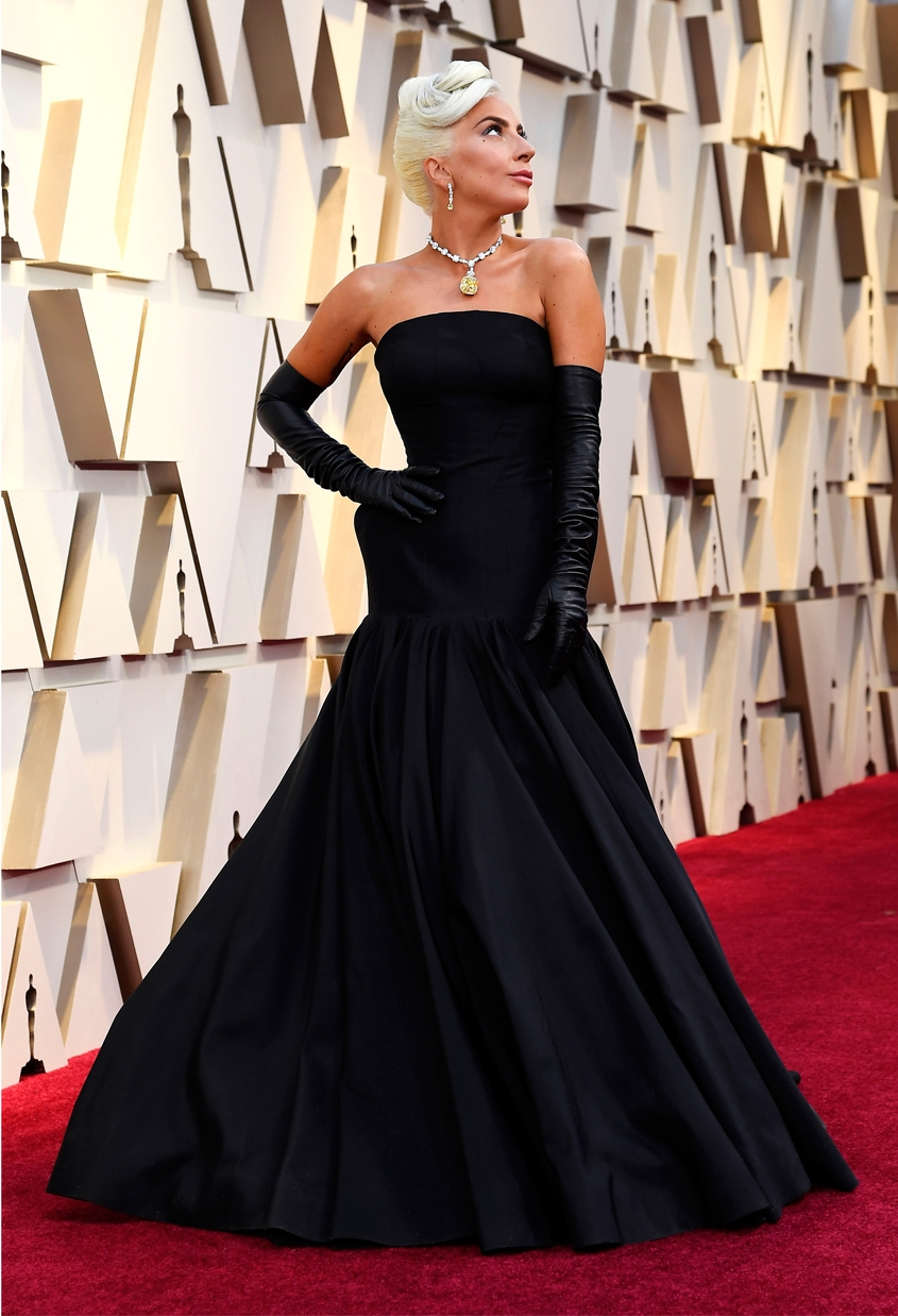 Lady Gaga, A Star is Born, Oscars 2019, Shallow, The Tiffany Diamond, Tiffany and Co., Tiffany&Co. Style, Fashion, Jewellery at the Oscars, Perfect Wedding Magazine