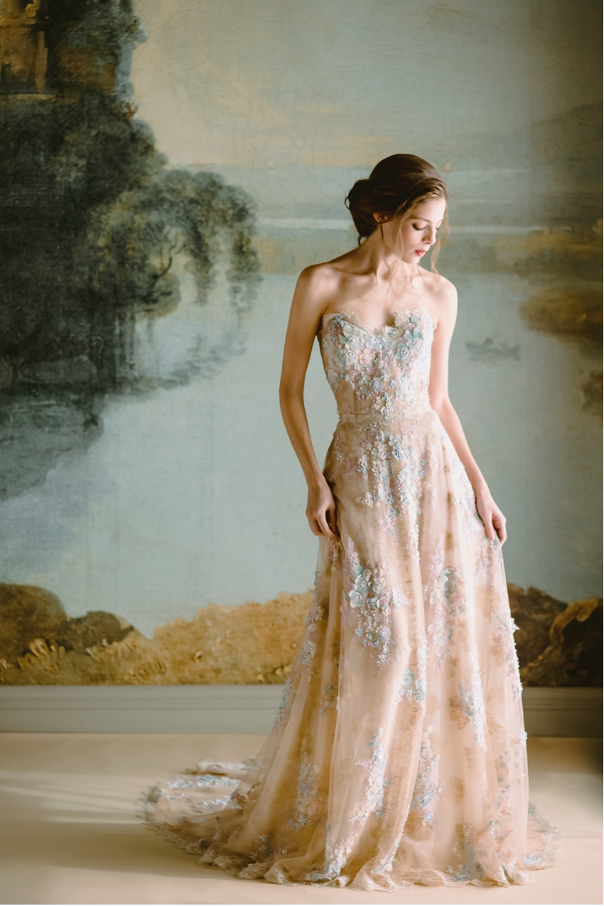 Claire Pettibone, Timeless Bride, Page Beauty, Kelle Sauer Photography, Boho bride, Lace, Wedding Dresses, Perfect Wedding Magazine, Perfect Wedding Blog, Wedding Magazine, Wedding Blog, Bridal Trends 2019
