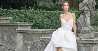 Monique Lhuillier, Monique Lhuillier Wedding dress, Fall 2020 bridal trends, Fall 2020 wedding dresses, Monique Lhuillier Bride, Monique Lhuillier Bridal, Perfect Wedding Magazine, Perfect Wedding Blog, Bride, Fashion, New York Bridal Fahion Week, wedding magazine