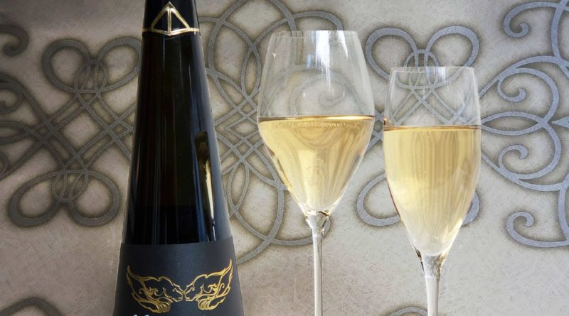 Riedel Champagne Flutes with Cipes Ariel bottle Perfect Wedding Magazine