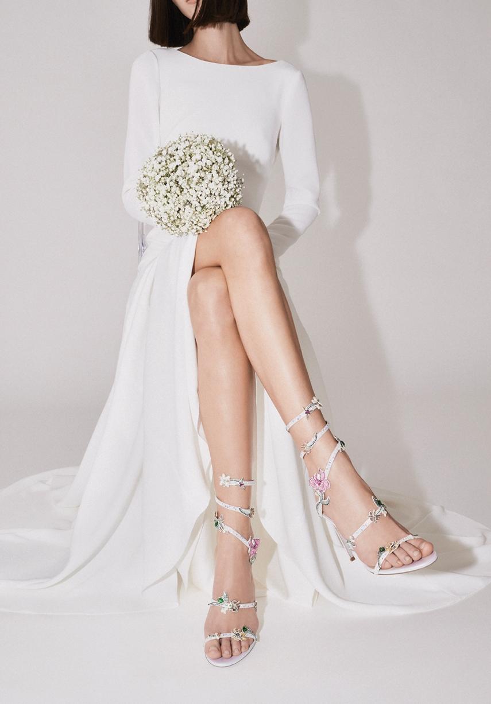 René Caovilla 2020 bridal shoe collection enhances the female figure