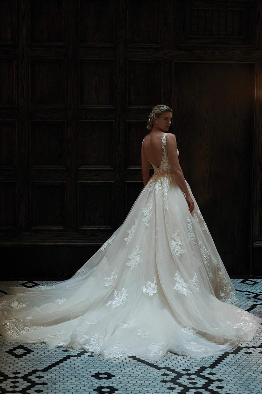 Justin alexander Signature Spring 2021 bridal collection includes ballgowns in tulle as featured in Perfect Wedding magazine