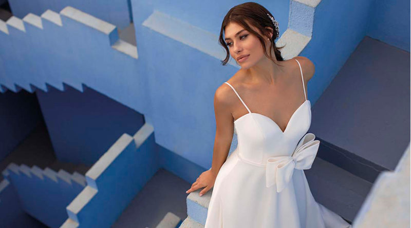 White One new collection Daydream photographed at Muralla Roja in Calpe, Alicante, Spain in Perfect Wedding Magazine
