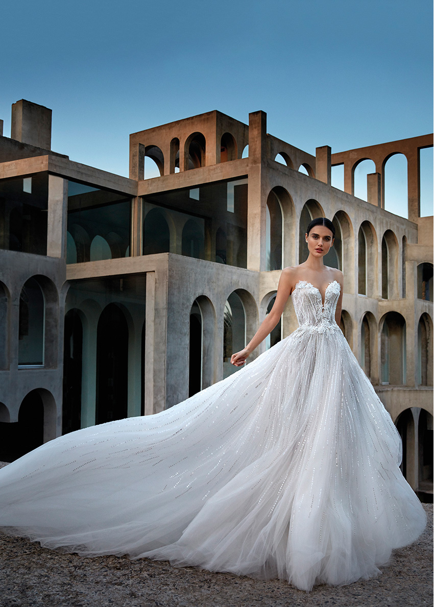 Atelier Pronovias Premiere Haute Couture collection interprets the glamour of femininity designed by Alessandra Rinaudo as seen in Perfect Wedding Magazine