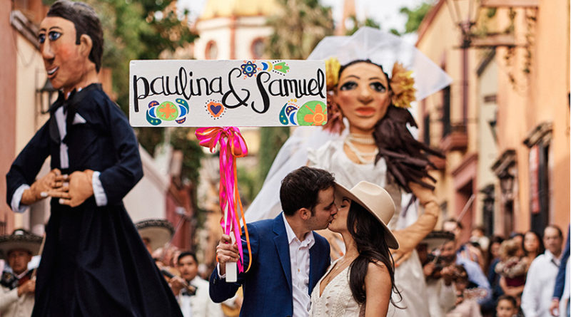 San Miguel de Allende destination wedding with traditional mexican folklore featured in Perfect Wedding Magazine