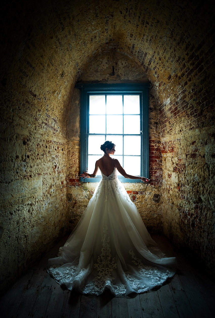 Edgy Chic Modern bride in the Hurst Castle featured in Perfect Wedding Magazine