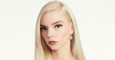Anya Taylor-Joy Dior beauty look at the 78th annual golden globes awards, how to get her beauty look in Perfect Wedding Magazine