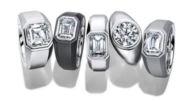 The Tiffany Charles Setting in available in platinum and titanium designs featuring a diamond in the center